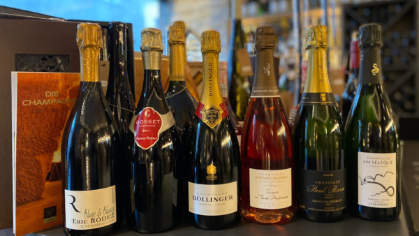 Verschiedene Champagner